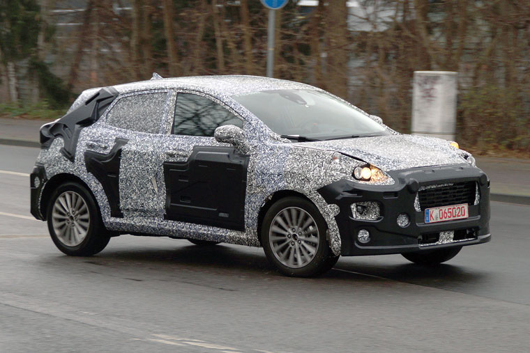 spy shots ford fiesta suv caught testing in germany. Black Bedroom Furniture Sets. Home Design Ideas
