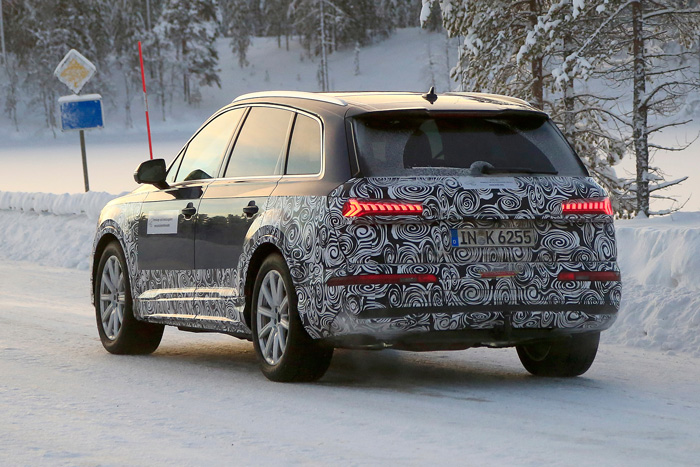 Spy Shots Audi S 2020 Q7 Playing In The Snow Sema